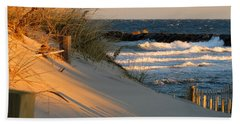 Hand Towel featuring the photograph Morning's Light by Dianne Cowen