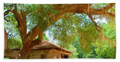 Mossy Tree In Natchez Bath Towel