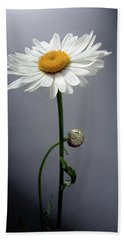 Mother Daisy Hand Towel