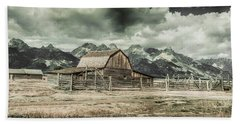 Bath Towel featuring the photograph Moulton Barn Panorama by James BO Insogna