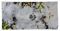 Mountain Lion Tracks In Snow Bath Towel