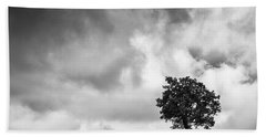 Tree On Hill - Doughton Park Blue Ridge Parkway Bath Towel