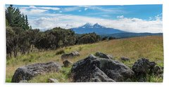 Hand Towel featuring the photograph Mt Ruapehu View by Gary Eason