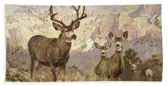 Mule Deer In The Badlands, Dawson County, Montana Bath Towel