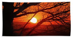 Naked Tree At Sunset, Smith Mountain Lake, Va. Bath Towel