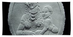 Hand Towel featuring the relief Nandi Tribe Woman And Child by Suhas Tavkar