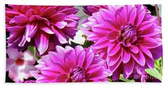 Natures Perfume Dahlias Red Tones Bath Towel