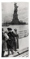 New York  Welcome To The Land Of Freedom Bath Towel