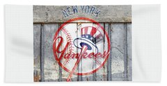 New York Yankees Top Hat Rustic Bath Towel