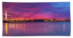 Bath Towel featuring the photograph Night Unto Day by Edward Kreis