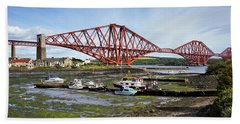 Hand Towel featuring the photograph North Queensferry by Jeremy Lavender Photography