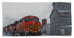 Northbound Winter Coal Drag Bath Towel