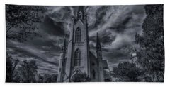 Hand Towel featuring the photograph Notre Dame University Church by David Haskett