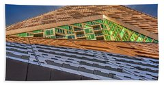 Bath Towel featuring the photograph Nyc West 57 St Pyramid by Susan Candelario