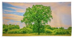 Hand Towel featuring the photograph Oak Gaeddeholm.  by Leif Sohlman