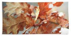 Oak Leaves In Autumn Bath Towel