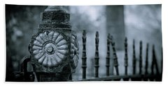 Hand Towel featuring the photograph Oakwood Cemetery by Linda Unger