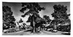 Ocean Avenue At Lincoln St - Carmel-by-the-sea, Ca Cirrca 1941 Bath Towel