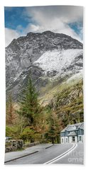 Hand Towel featuring the photograph Ogwen Cottage by Adrian Evans