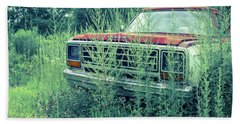 Old Abandoned Pickup Truck In The Weeds Bath Towel