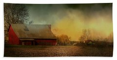 Old Barn With Charm Bath Towel