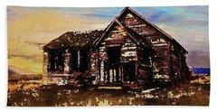 Hand Towel featuring the digital art Old Farmhouse by PixBreak Art