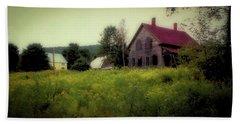 Old Farmhouse - Woodstock, Vermont Bath Towel
