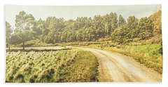 Old-fashioned Country Lane Bath Towel