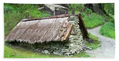 Old Hut  Bath Towel