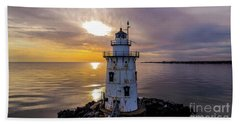 Old Saybrook Outer Light Hand Towel