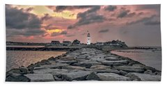 Old Scituate Light At The End Of The Jetty Bath Towel