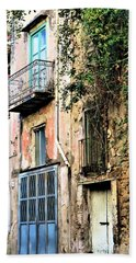 Old Sorrento Street Bath Towel