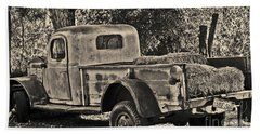 Old Truck Bath Towel
