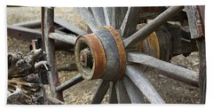 Hand Towel featuring the photograph Old Waagon Wheel by Phyllis Denton