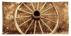 Old Wagon Wheel Bath Towel