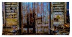 Old Wooden Doors Virgina City Hand Towel