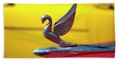 Bath Towel featuring the photograph Oldsmobile Packard Hood Ornament Havana Cuba by Charles Harden