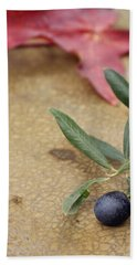 Hand Towel featuring the photograph Olive by Cindy Garber Iverson