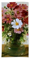 One Bold White Cosmos Hand Towel