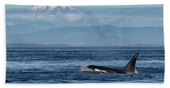 Hand Towel featuring the photograph Orca Male With Mt Baker by Randy Hall