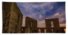 Hand Towel featuring the photograph Orion Over Stonehenge Memorial by Cat Connor