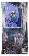 Hand Towel featuring the painting Outdoor Art Walk by Ella Kaye Dickey