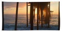 Outer Banks Pier 7/6/18 Bath Towel