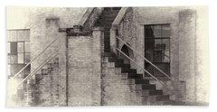 Owens Field Historic Curtiss-wright Hangar Bath Towel