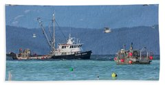 Bath Towel featuring the photograph Pacific Ocean Herring by Randy Hall