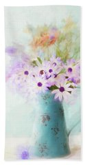 Painterly Spring Daisy Bouquet Bath Towel