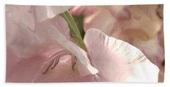 Pale Pink Glads Bath Towel
