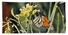 Bath Towel featuring the photograph Palm Springs Monarch by Kyle Hanson