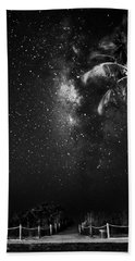 Palm Tree Beach And Stars In Black And White Hand Towel