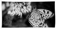 Paper Kite In Black And White Bath Towel